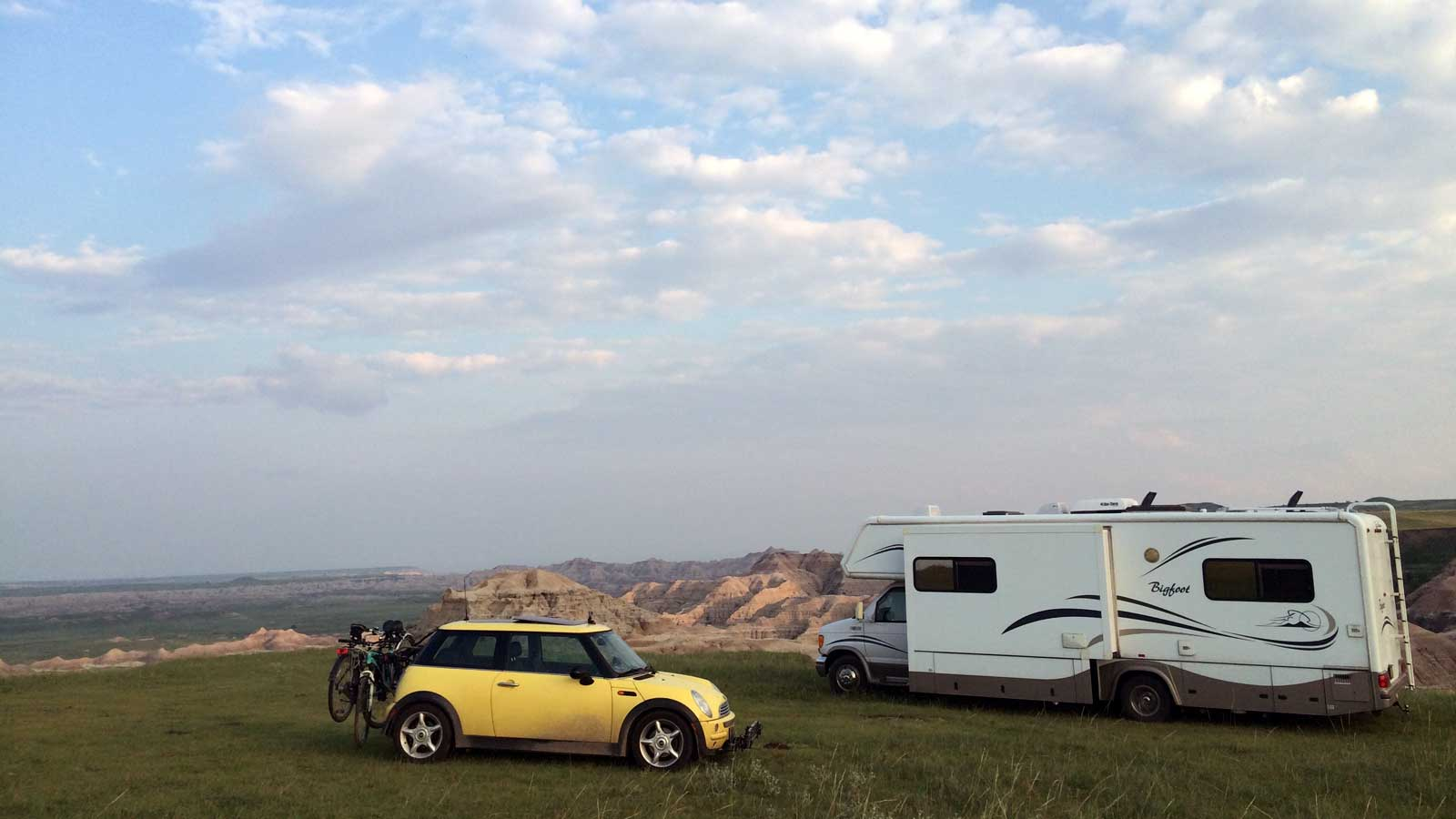Parked on the prairie overlooking the Badlands of South Dakota